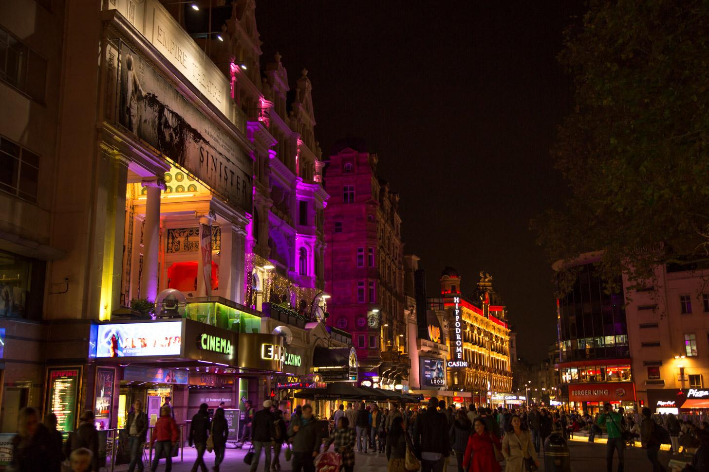 Leicester Square in de avond